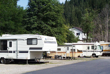 The Hi-Lo Motel and RV park borders a year-round trout stream